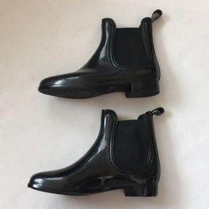 DIRTY LAUNDRY black rain bootie